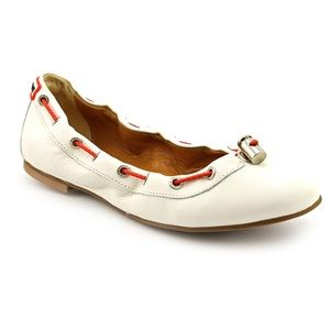 HUNTER Dominica White Leather Flats Pull Tie 8